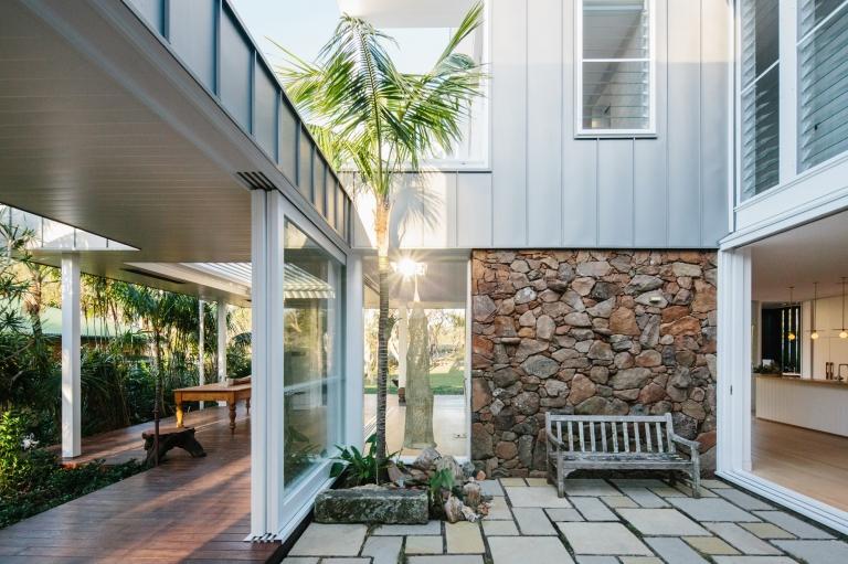 verandah house byron bay