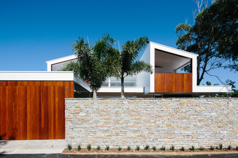 sun house byron bay
