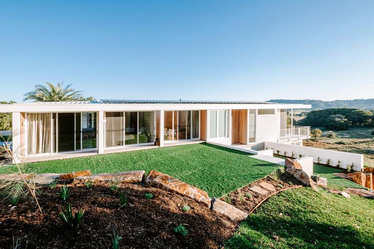 byron bay luxury home